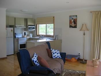 Accommodation - Self Contained Listing
