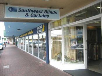 Awnings and Canopies Listing